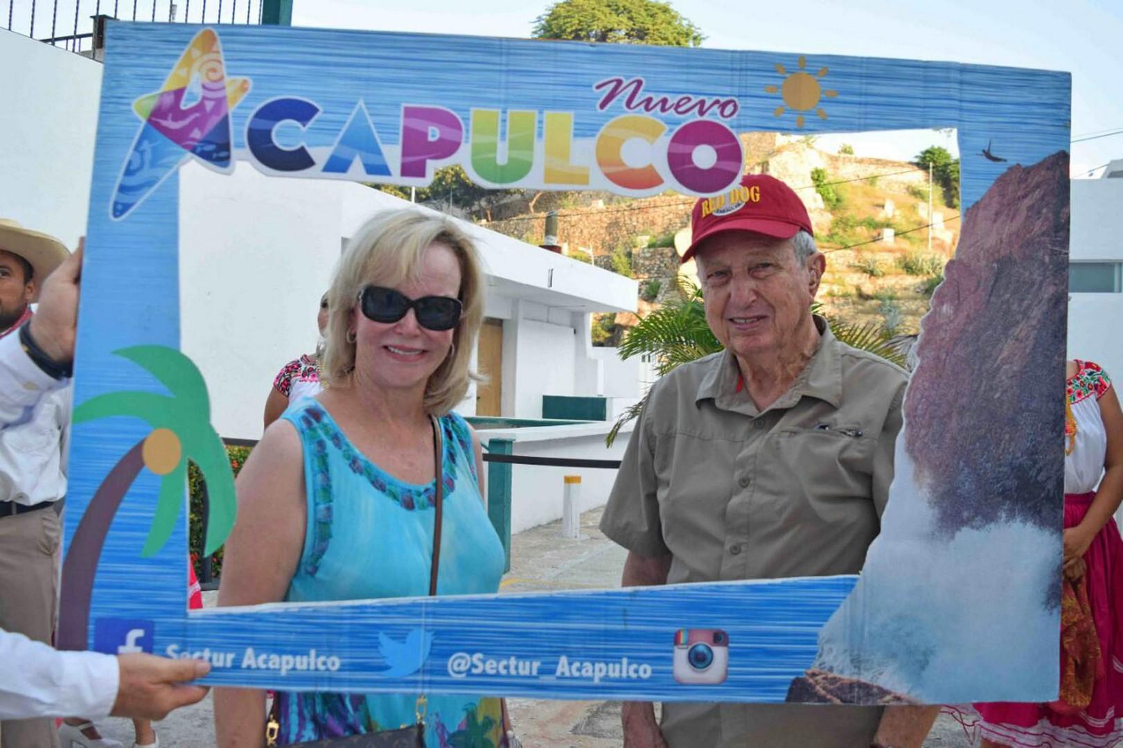 Resultado de imagen para turistas estadounidenses en acapulco