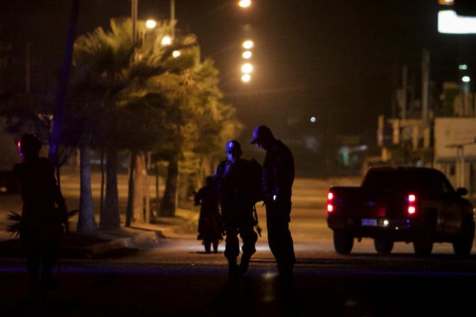 Elementos federales durante un operativo en Sinaloa (AP/Archivo)