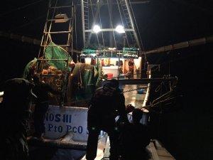 Aseguran embarcación por pesca ilegal (Twitter @PROFEPA_Mx)
