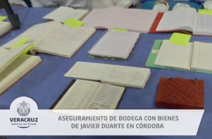 Aseguraron varios documentos, entre ellos, los diarios de la esposa de Javier Duarte, exgobernador de Veracruz. (Twitter/ @YoconYunes)