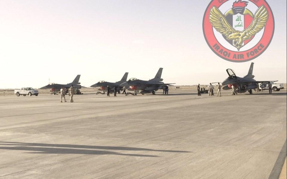 Aviones de la fuerza aérea de Irak; la aviación iraquí destruye varias posiciones del Estado Islámico en Siria (Twitter @Iraqiairforce)