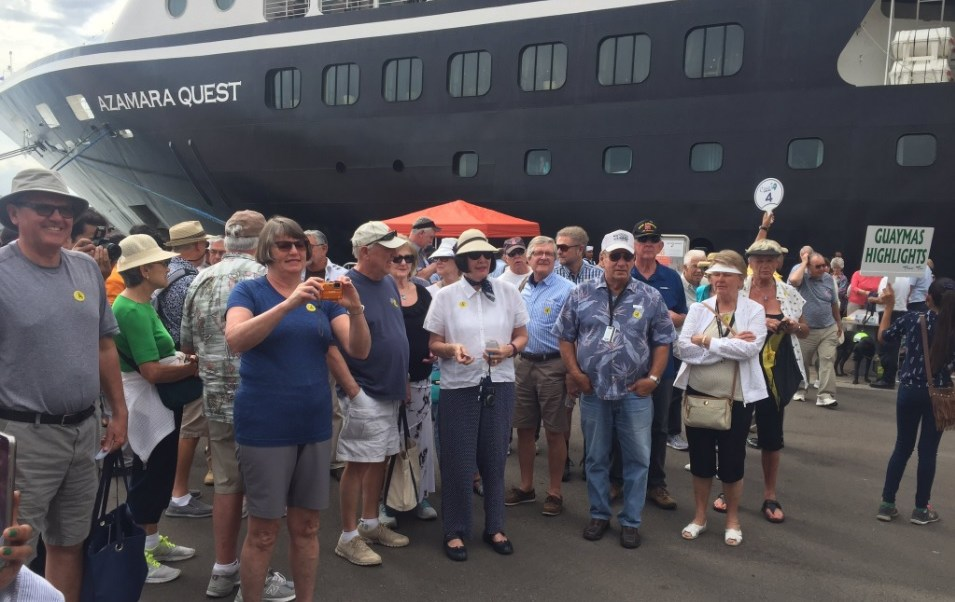 Cientos de turistas extranjeros conocen el puerto de Guaymas, Sonora; los visitantes arriban al poblado en crucero
