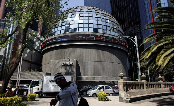 Vista de la Bolsa Mexicana de Valores desde el exterior (Getty Images)