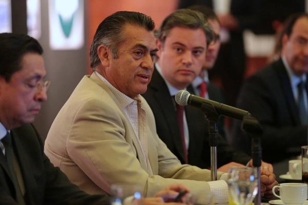 El gobernador de Nuevo León, Jaime Rodríguez, informó que su gobierno presentó una queja sobre las resoluciones que permitieron la salida de Rodrigo Medina de prisión (Twitter @comunicacionNL)