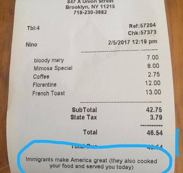 Cuenta del restaurante Kiwiana de Brooklyn, Nueva York.