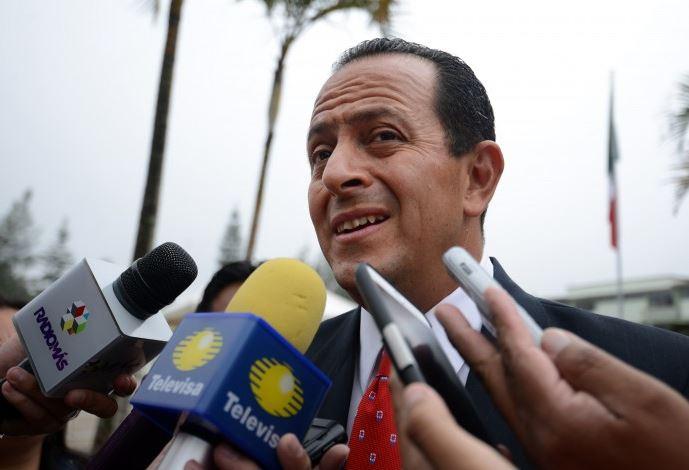 Arturo Bermúdez Zurita, exsecretario de Seguridad Pública durante el gobierno de Javier Duarte, fue capturado al asistir a una audiencia relacionada con acusaciones de tráfico de influencias y abuso de poder. (Twitter @e_veracruz)