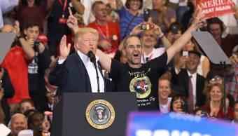 De acuerdo con una encuesta del Pew Research Center, realizada en el mes de febrero, la popularidad de Trump es del 39%, la más baja de los últimos seis mandatarios estadounidenses. (Getty Images, archivo)