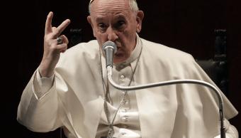 Papa Francisco se muestra abierto a recibir propuestas para ordenar a hombres casados . (Archivo/AP)