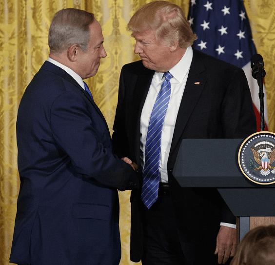 El primer ministro israelí, Benjamin Netanyahu, y el presidente de Estados Unidos, Donald Trump, en la Casa Blanca. (AP)