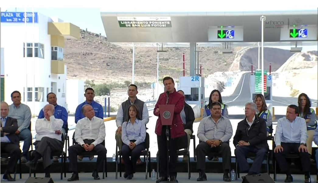 Enrique Peña Nieto entrega el Libramiento Poniente en San Luis Potosí; el presidente dice que la inversión llega gracias a la infraestructura que existe en México (Presidencia)