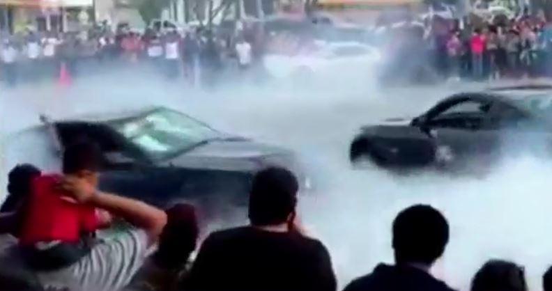 Espectáculo automovilítico en Río Bravo, Tamaulipas (Noticieros Televisa)