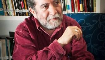 Eusebio Ruvalcaba fue autor de los cuentos Jueves santo y El despojo soy yo, así como de la novela Un hilito de sangre, llevada al cine en 1995. (Twitter @literaturainba, archivo)