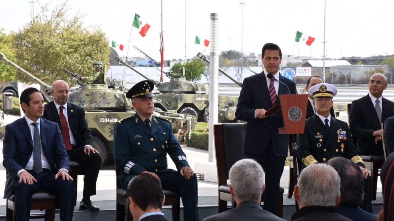 """EPN inaugura exposición """"Fuerzas Armadas… Pasión por Servir a México"""" en Querétaro"""