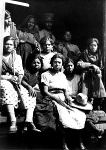 Pese a la participación de las mujeres en la Revolución Mexicana, no se consideró incluir sus derechos en la Constitución de 1917 (Getty Images)
