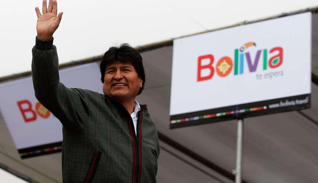 El presidente de Bolivia, Evo Morales, durante el Rally Dakar 2014 el 12 de enero de 2014 en Uyuni, Bolivia. (Getty Images/archivo)