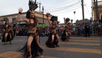 Las familias gozaron de la música en vivo, la feria del pueblo y la gastronomía sonorense (Twitter/@mikeleyva75)