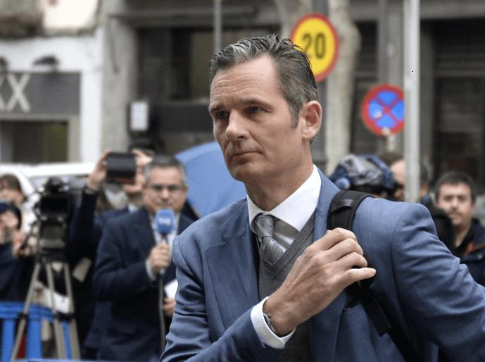 Iñaki Urdangarin, cuñado del rey de España, fue condenado el 17 de febrero a seis años y tres meses de cárcel por varios delitos. (AP)