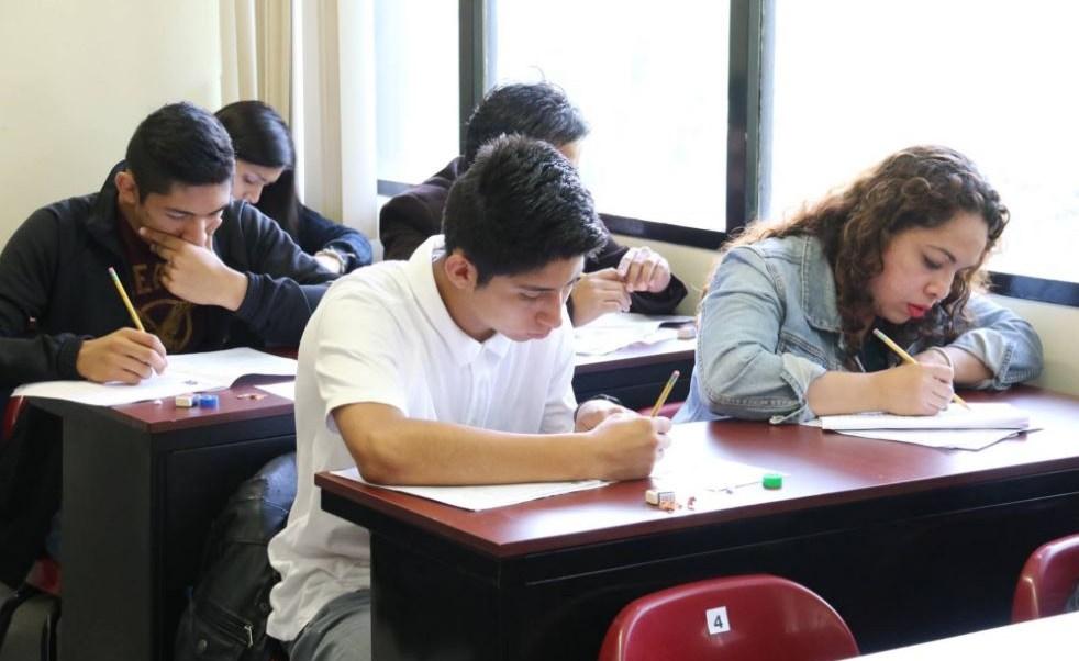 Para llevar a cabo el proceso, el interesado deberá solicitar la revalidación de sus estudios ante la Coirvoere (Twitter/@IPN_MX)