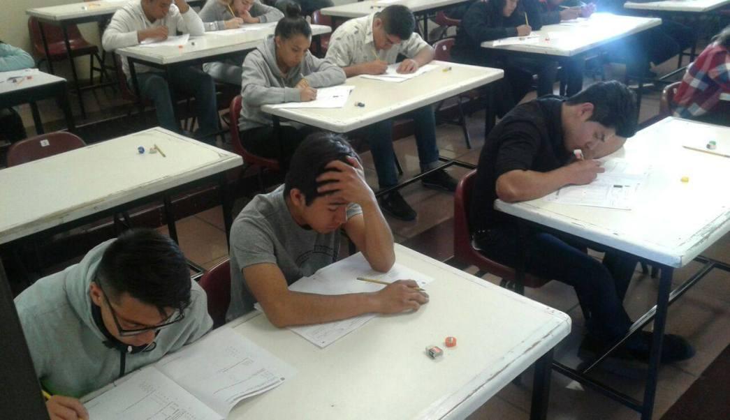 Examen de admisión para ingresar al Instituto Politécnico Nacional. (Facebook/IPN)