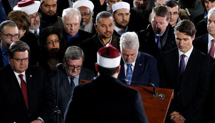Justin Trudeau, primer ministro de Canadá, durante un servicio religioso en Montreal.