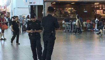 Desde el ataque del 13 de febrero, miles de pasajeros han pasado por el aeropuerto sin ninguna medida de seguridad (AP/Archivo)