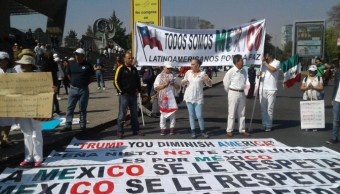 Los asistentes comienzan a congregarse en Paseo de la Reforma (Samuel Servín/Noticieros Televisa)