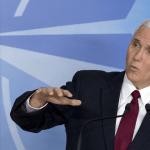 Mike Pence, vicepresidente de EU, pide a los miembros de la OTAN invertir más en defensa. (AP)