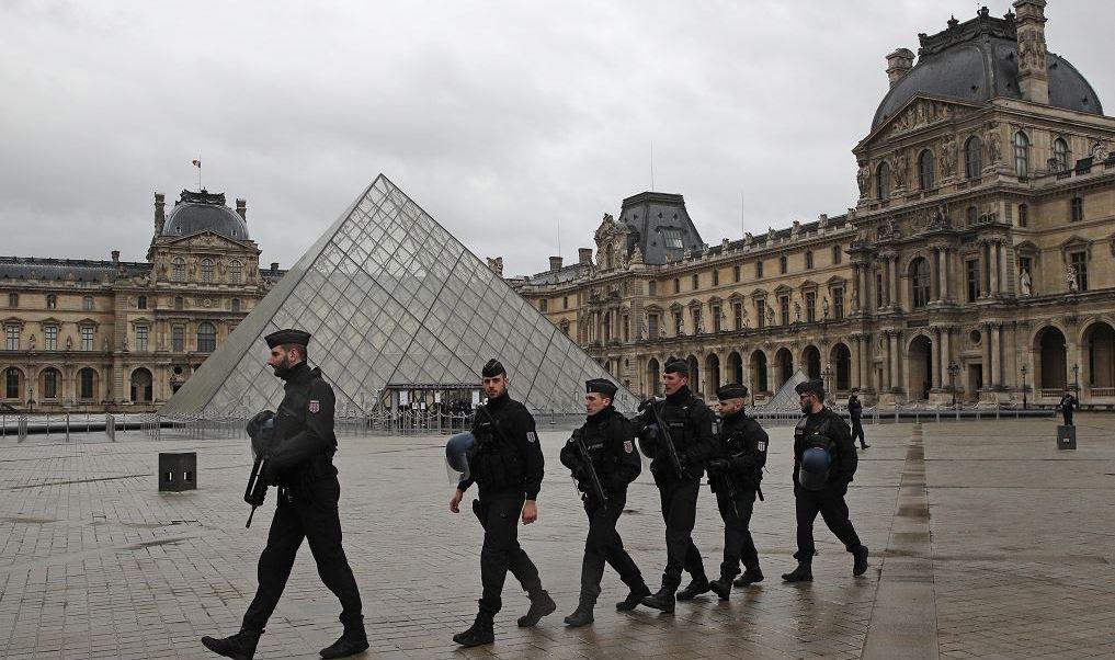 El sospechoso habría mencionado varias veces en las redes sociales a la organización yihadista Estado Islámico.
