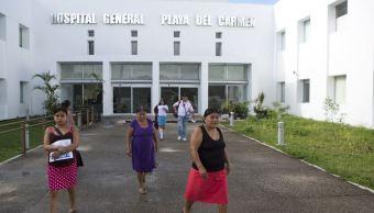 Familiares y amigos de Isabel Ramos, joven herida en el tiroteo en la discoteca Blue Parrot, en Quintana Roo, anunciaron que demandarán al Hospital General, a los doctores y al gobierno del estado por presunta negligencia. (AP, archivo)