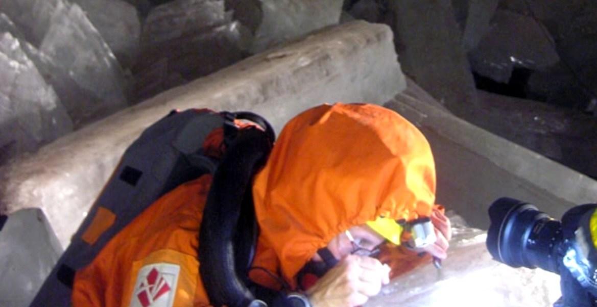 Penelope Boston, directora del Instituto de Astrobiología de la NASA, anunció el hallazgo de microbios extraños y prehistóricos en las cuevas de Naica, en Chihuahua.