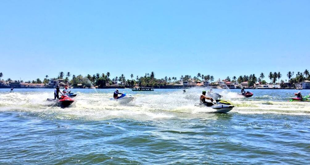 Primera Copa Internacional de motos de agua se realiza en Acapulco
