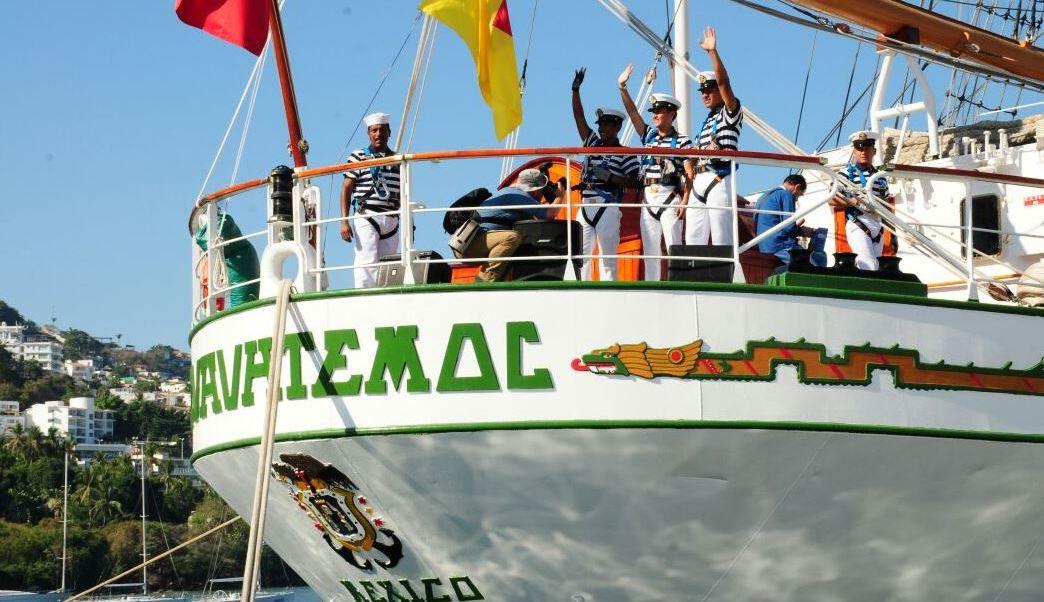 """El buque también conocido como """"Embajador y Caballero de los Mares"""", es un crucero de instrucción para los cadetes del cuarto año de la carrera del Cuerpo General de la Heroica Escuela Naval Militar (Twitter/@SEMAR_mx)"""