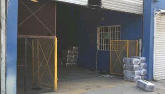 Los agentes de la PEP y personal de Sedena ubicaron un almacén y un domicilio los cuales se presume podrían ser utilizados por el narcotráfico (Gobierno de BC)