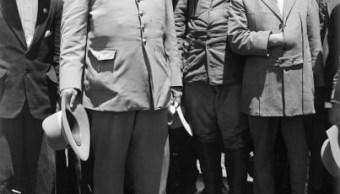 Convencido de que el Constitucionalismo no debía ser sólo una restauración política, por decreto, el 14 de septiembre de 1916 Venustiano Carranza convocó un Congreso Constituyente para rehacer la ley suprema de la República. (Getty Images, archivo)