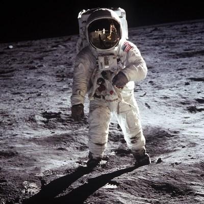 ¿Qué consecuencias tiene para el cuerpo humano viajar a la Luna?