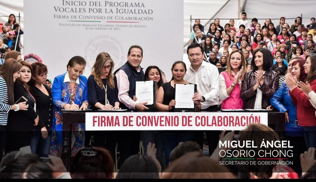 El secretario de Gobernación, Miguel Ángel Osorio Chong, y el gobernador del Edomex, Eruviel Ávila, pusieron en marcha el programa 'Vocales por la Igualdad'.