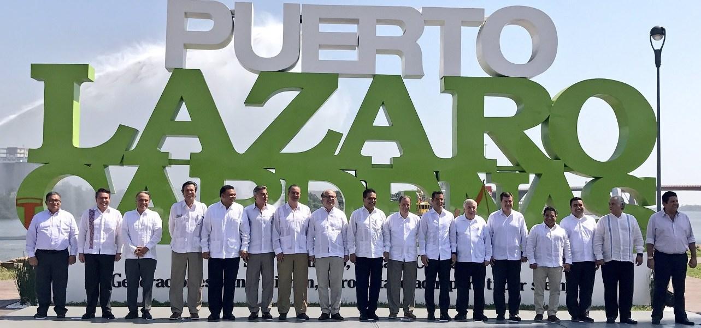 Durante la instalación de la comisión en Lázaro Cárdenas, Michoacán, el secretario de Hacienda, José Antonio Meade, dijo que las Zonas Económicas Especiales se convertirán en un motor de desarrollo.