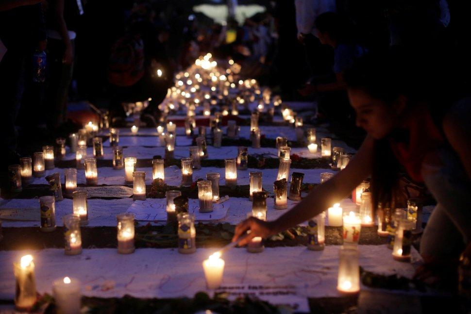 """40 niñas murieron durante un incendio en el centro """"Hogar Seguro""""."""
