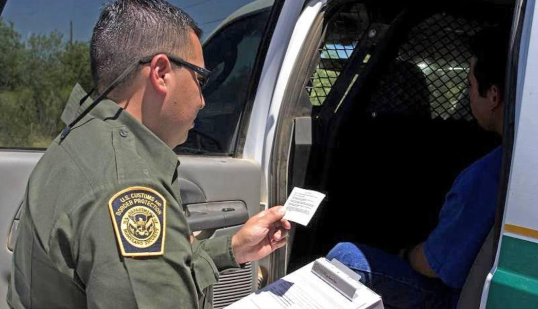 Personal de Aduanas y Protección Fronteriza decomisaron 15 kilos de cocaína y media tonelada de marihuana. (Notimex, archivo)