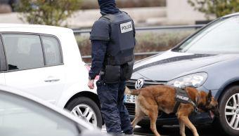 Las autoridades investigan su posible relación con el tiroteo en el aeropuerto de Orly. (AP)