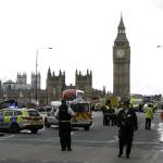 Alerta de seguridad frente al Parlamento británico. (AP)