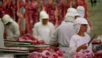 China decidió reabrir totalmente las importaciones de carnes brasileñas. (AP/archivo)