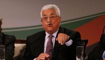 El presidente palestino Mahmoud Abbas ofrece una conferencia de prensa en la ciudad cisjordana de Ramallah, (AP /archivo)