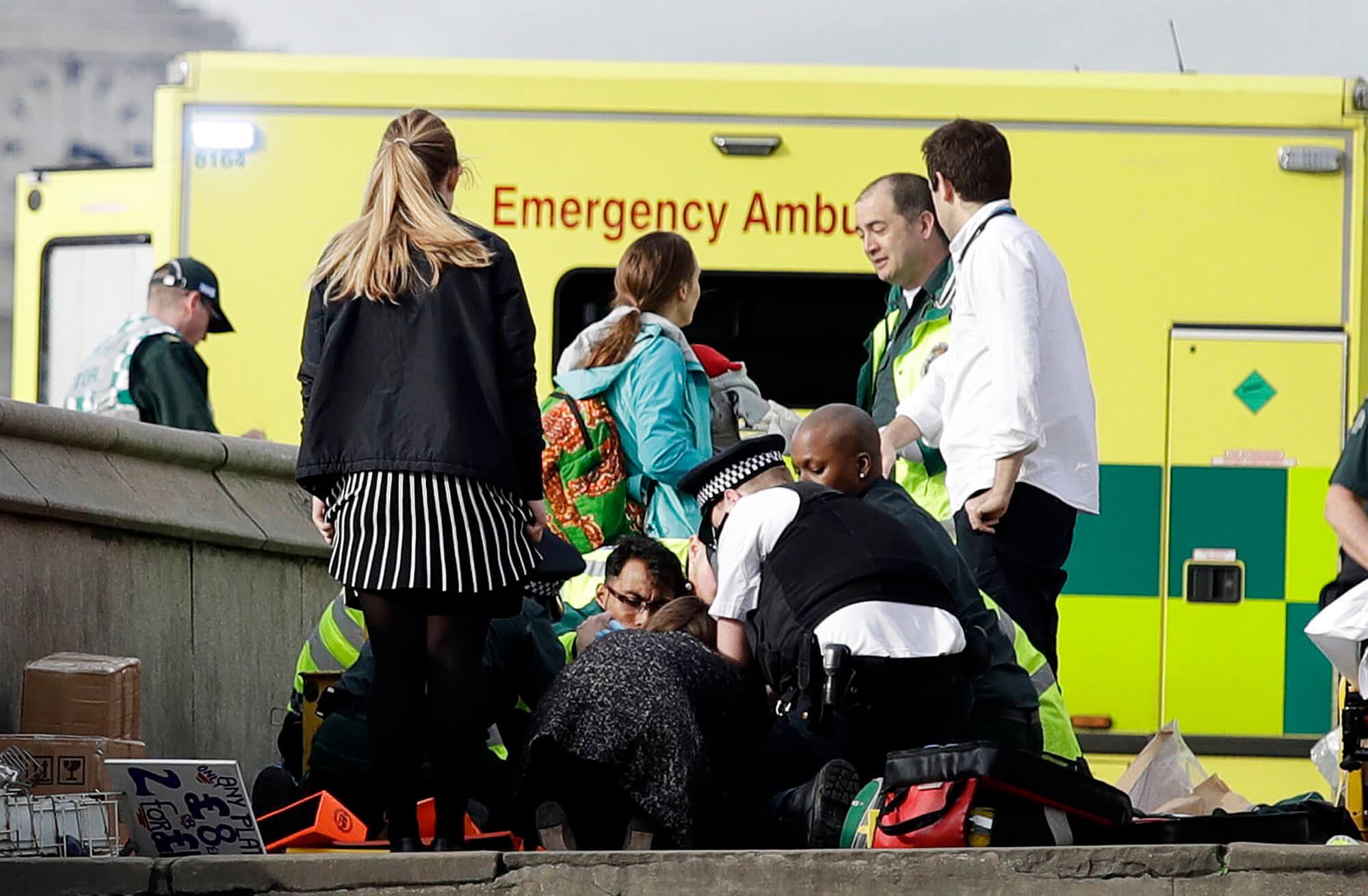 Cuatro muertos en ataque al Parlamento británico