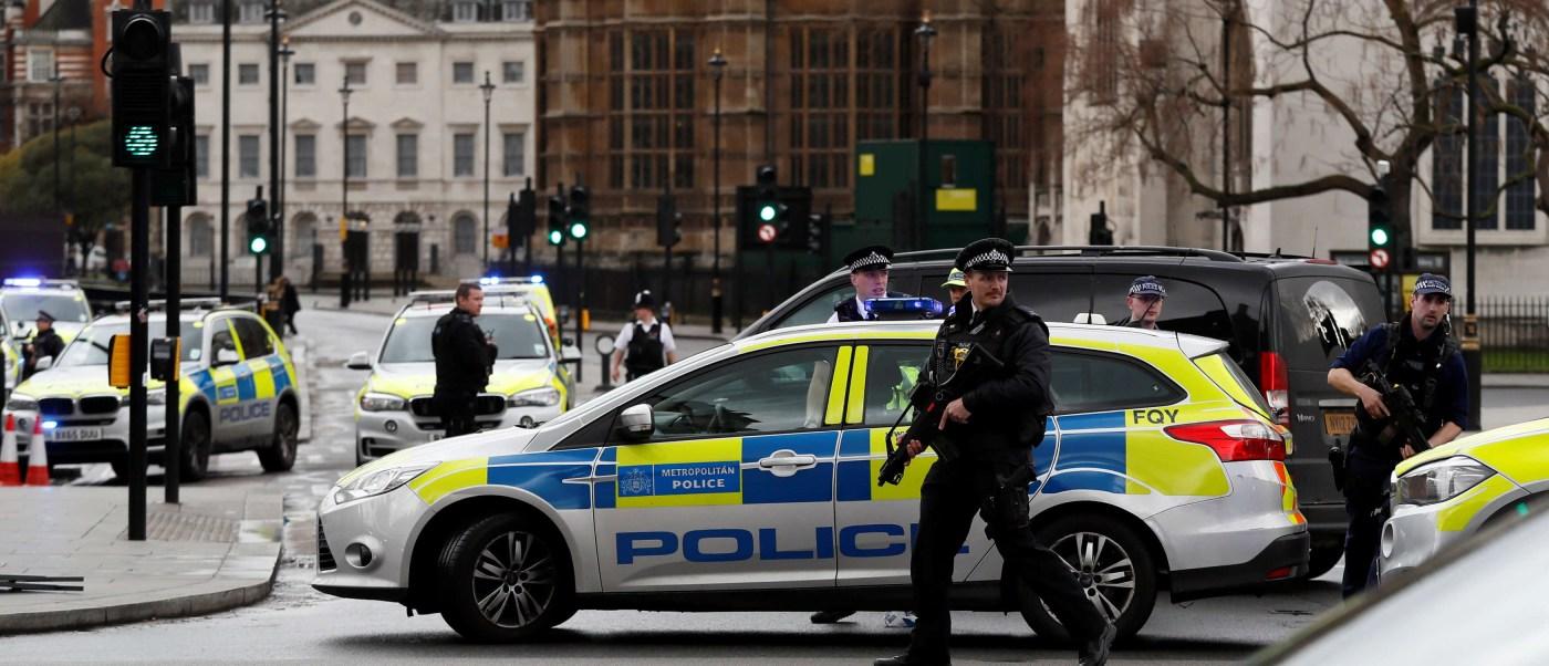La Policía acordó la zona del Castillo de Westminster. (Reuters)