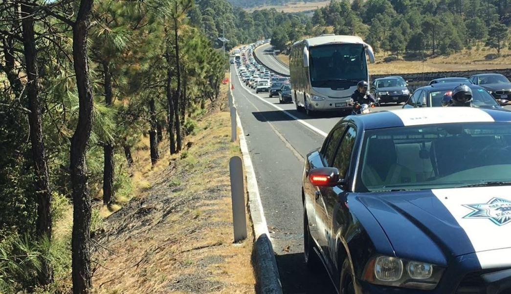 La circulación es lenta por carga vehicular en la México-Cuernavaca (Twitter @PoliciaFedMx)