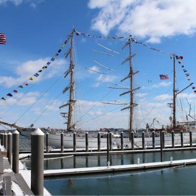 Buque Cuauhtémoc visita el puerto de Boston, Nueva Inglaterra