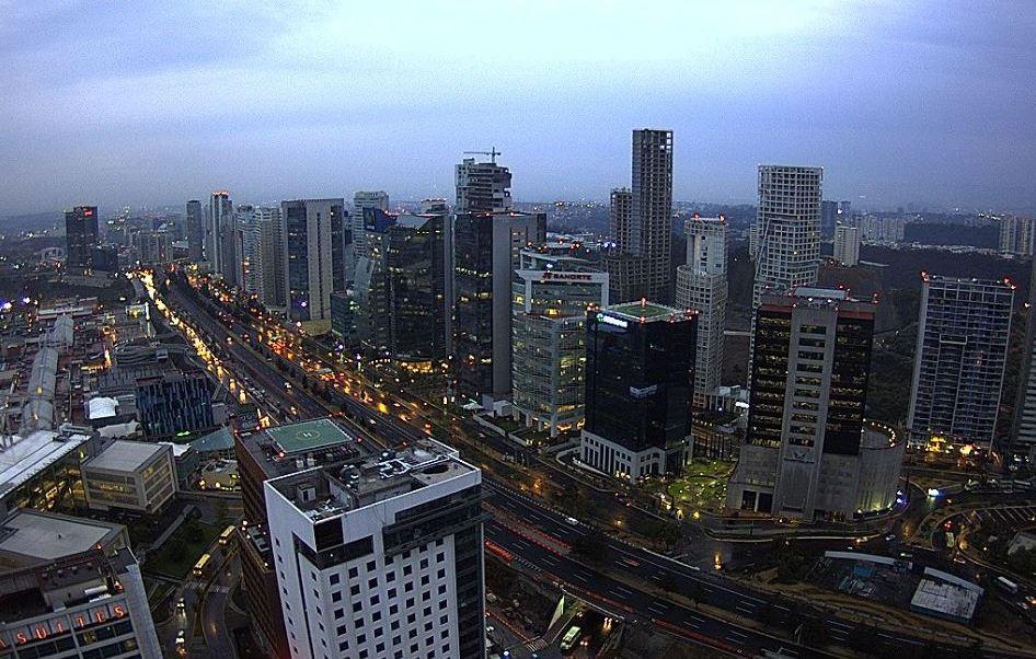 Panorámica de la Ciudad de México; prevén una temperatura máxima de 29 grados centígrados.(Twitter/@webcamsdemexico)