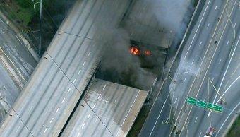 Colapsa autopista en Atlanta tras incendio.