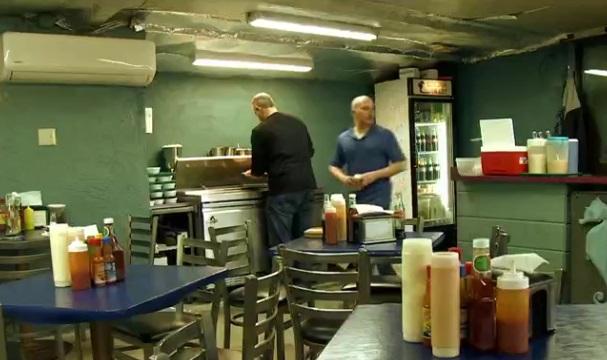 La disminución de comensales obliga a cerrar restaurantes en Arizona por las políticas migratorias de Donald Trump (Foto: FOROtv)
